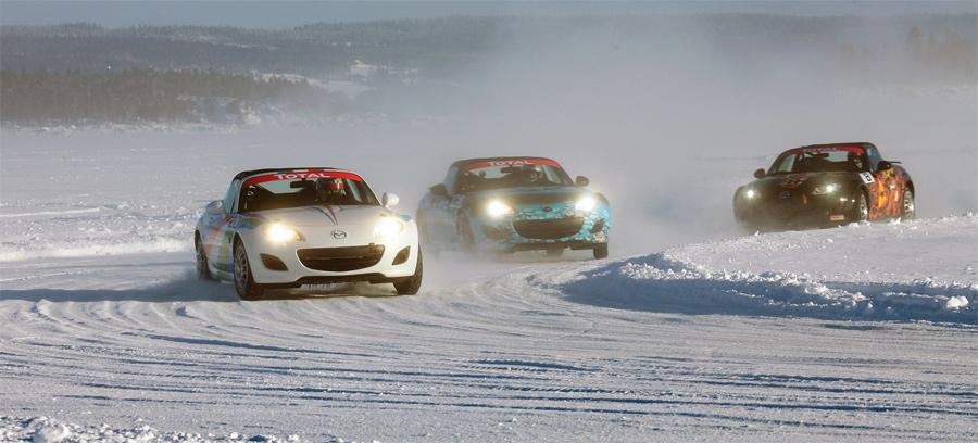 Das Mazda MX-5 Ice Race war Spektakel pur, mit Drifts ohne Limiten.