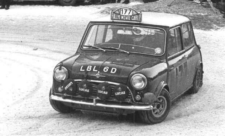 Rauno Altonen gewann 1967 im Mini die Legendäre Rallye Monte Carlo. 44 Jahre später fuhr er den Slalom Interlaken als Gast der MINI Challenge.
