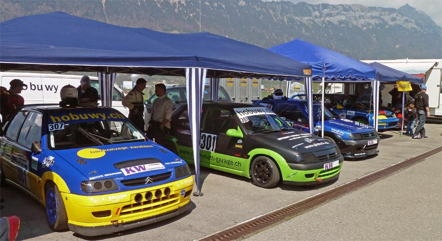 Im Fahrlager vom Schweizer Slaloms wie in Interlaken bietet sich immer ein buntes Bild.