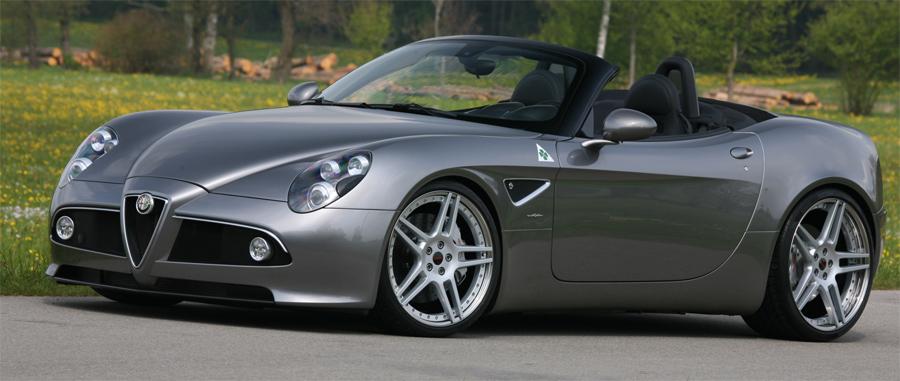 Dem atemberaubenden Aussehen des Alfa 8C angepasst: Kompressor-Tuning mit 600 PS.