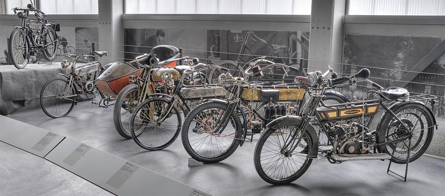Liebhaber von längst vergessenen Zweirädern kommen im Pantheon Basel auf ihre Rechnung.