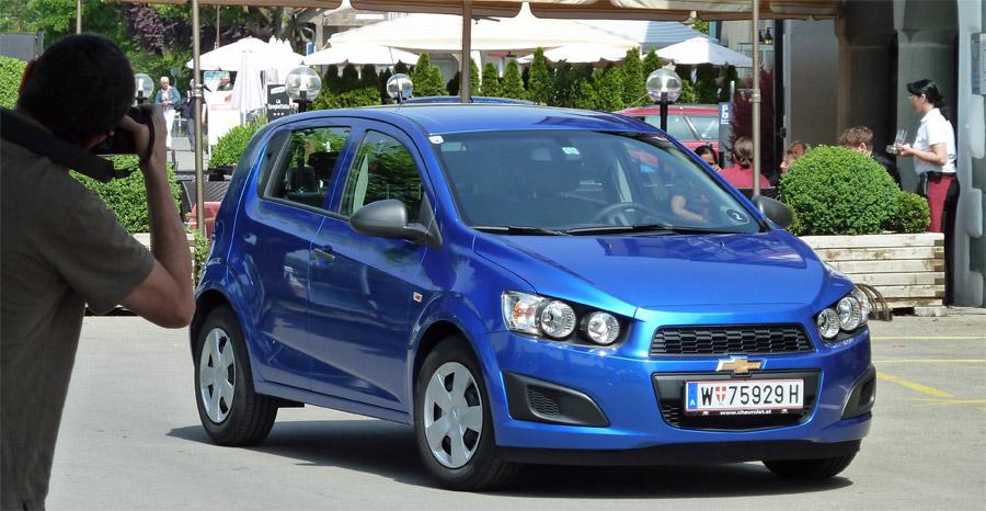 Der neue Chevrolet Aveo ist mit seinen markanten Doppelscheinwerfern ein echter Hingucker geworden.