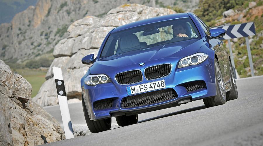 Der neue BMW M3 kommt im Herbst 2011 mit einem neuen Doppelturbo-V8.