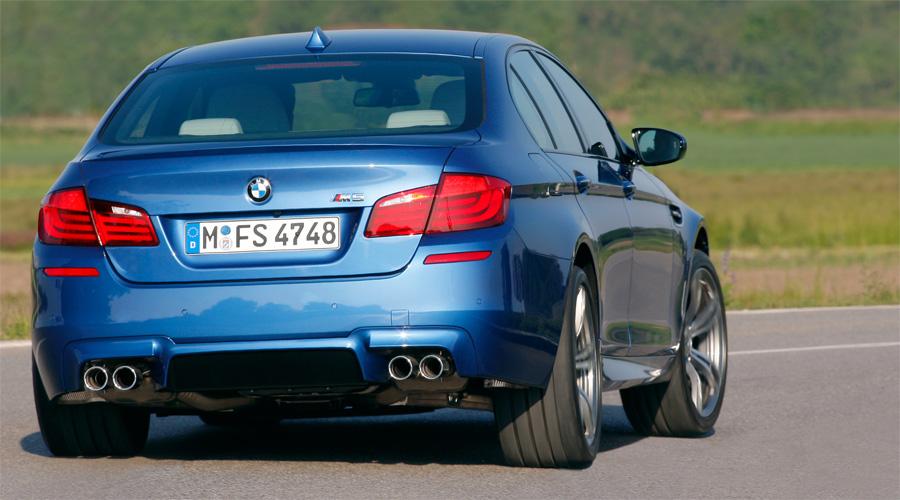 Der neue BMW M5 verfügt über hervorragendes Handling und herausragende Fahrleistungen.