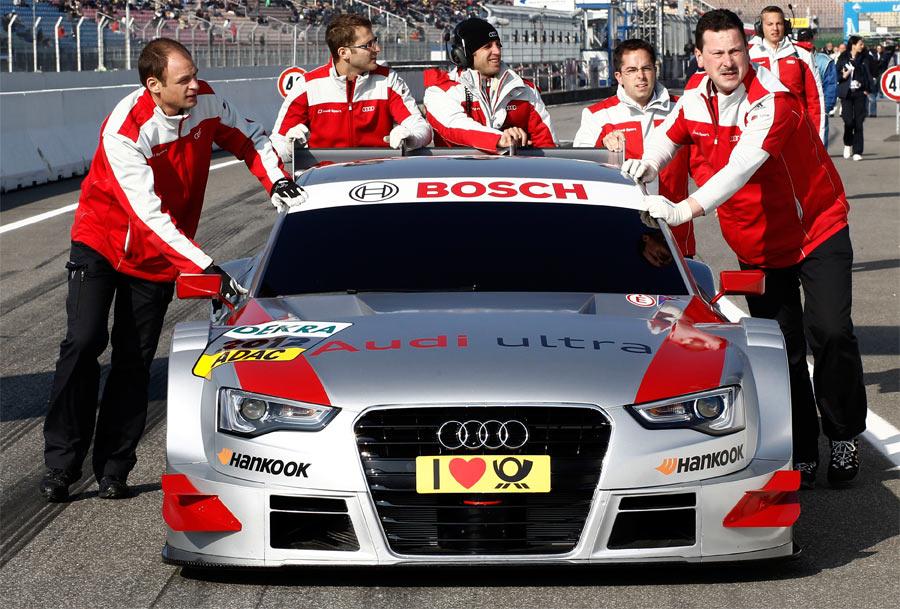 Der Audi für die DTM-Saison 2012 basiert optisch auf dem neuen Audi A5 und löst den Audi A4 ab.