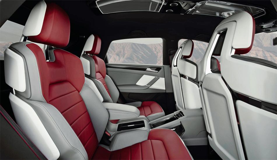 Das VW Cross Coupé besitzt ein funktionelles und sehr hochwertiges Interieur. das sich bei einer Serienversion noch deutlich verändern dürfte.