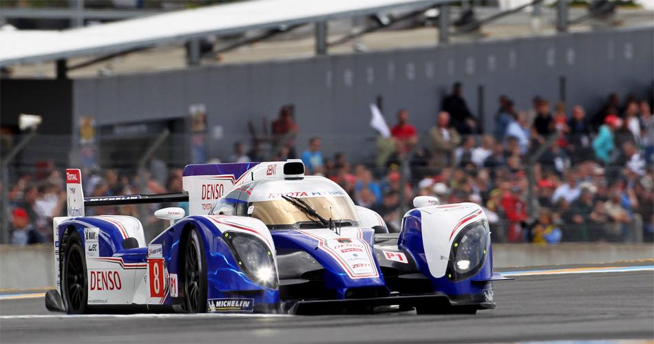 Der neue Toyota Hybrid und Le Mans-Neuling Sébastien Buemi überzeugten mit sehr schnellen Rundenzeiten.