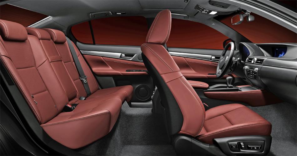 Die neue Generation des Lexus GS zeichnet sich viel Luxus, mehr Platz und ein deutlich gröseres Ladeabteil aus.