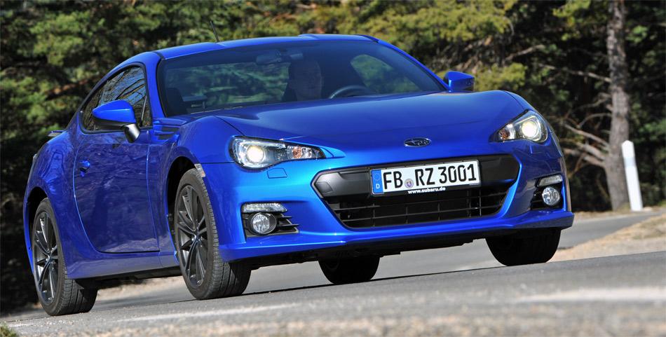 Der im Basispreis klar günstigere Bubaru BRZ ist exklusiv im unverwechselbaren Subaru-Rallyeblau erhältlich.