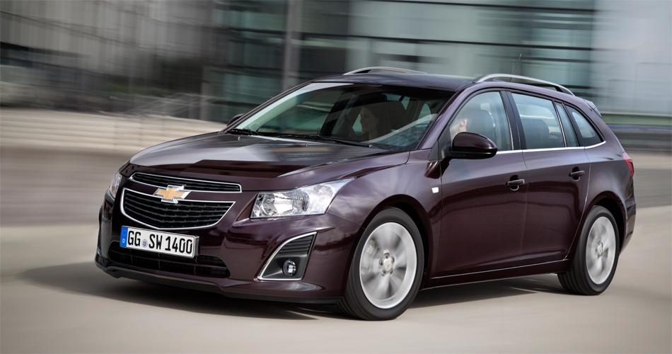 Insbesondere mit dem neuen durchzugsstarken Diesel-Aggregat fährt sich der neue Chevrolet Cruze Station Wagon ausgezeichnet.