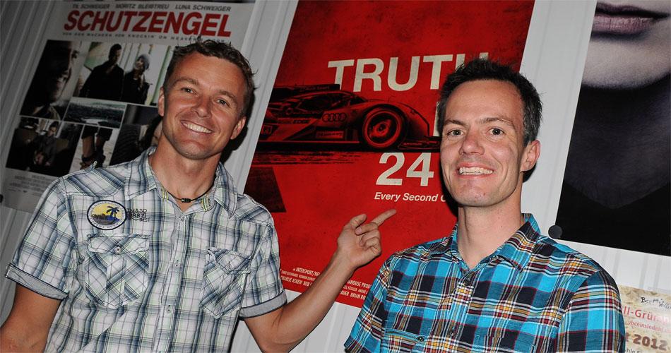 Marcel Fässler (l.), hier mit Fan-Club-Präsident Thomas Uhr, der die Filmpremiere von Truth in 24 II in Einsiedeln organisierte