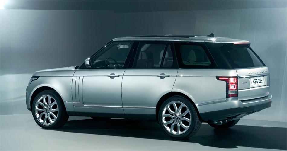 Mit der komplett neuen Vollaluminium-Karosserie und Bodengruppe konnte die neue Range Rover-Generation um beeindruckende 420 kg abgespeckt werden.