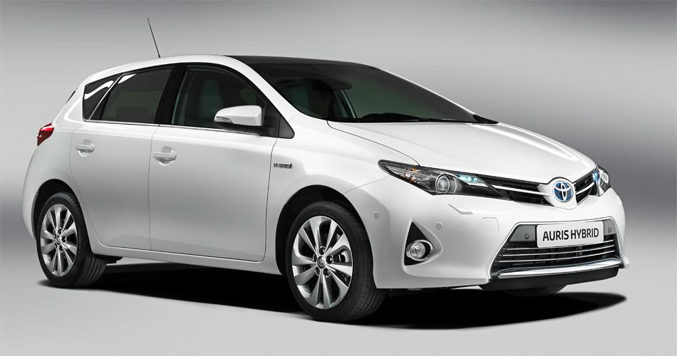 Der neue Toyota Auris ist das erste Modell mit dem neuen Toyota-Markengesicht.