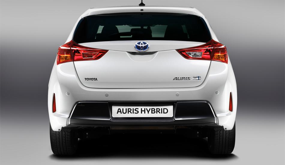 Trotz klar niedrigerer Dachlinie soll der neue Toyota Auris speziell im Fond geräumiger sein.