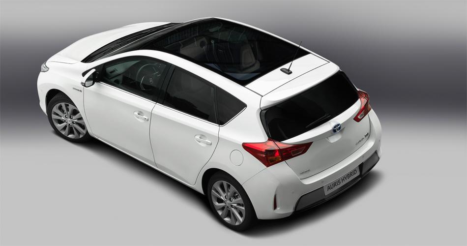 Das Glasdach des neuen Toyota Auris soll das grösste des Segments sein.
