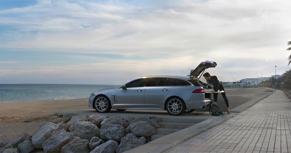 Der Jaguar XF Sportbrake ist ein attraktiver neuer Lifestyle-Sportkombi mit hohem Premiumanspruch.
