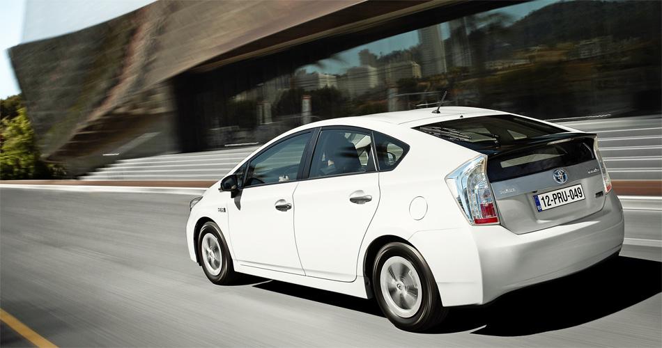 Das Platzangebot des Toyota Prius Plug-In Hybrid entspricht demjenigen des bekannten Prius-Modells.