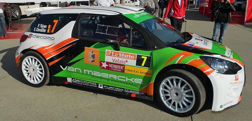 Nach einer Bestzeit in der ersten Sonderprüfung der Rallye Valais 2012 leistete sich der achtfache belgische Meister Pieter Tsjoen im Citroen DS3 RRC einen zeitraubenden Überschlag, konnte aber weiterfahren.