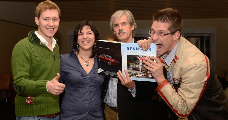 Buchvernissage mit viel Rennsport-Prominenz: von links Philipp Frommenwiler, Andrina Gugger, RENNSPORT-SCHWEIZ-Autor Stefan Lüscher und Fredy Barth.