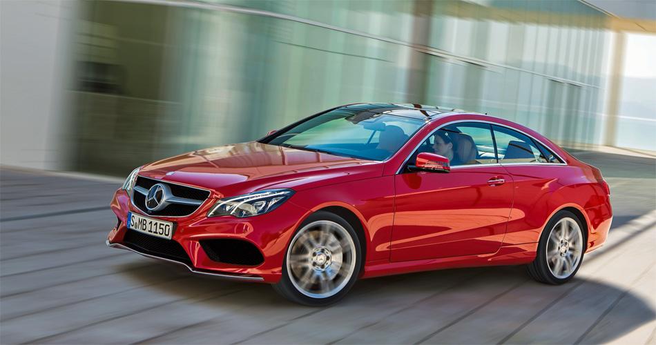 Die überarbieteten Mercedes E-Klasse Coupé und Cabrio stehen mit neun Motoren mit 170 bis 408 PS zur Wahl.