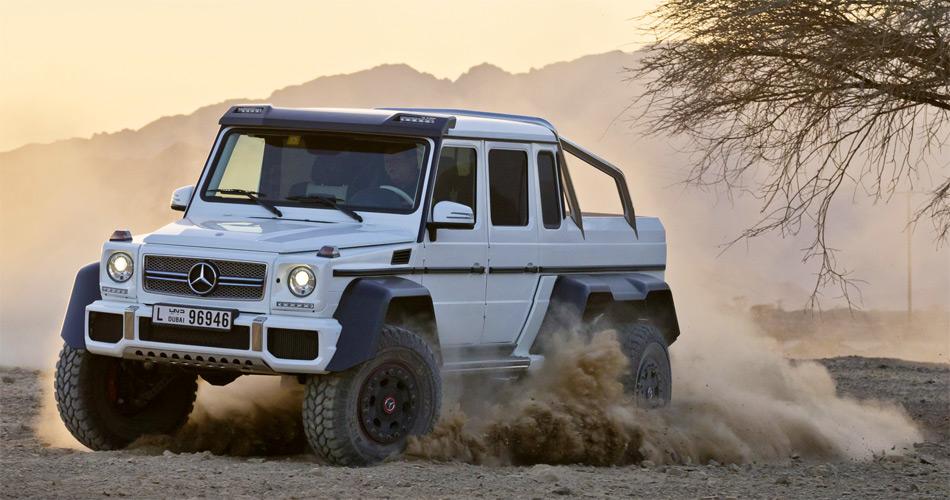 Die Radlaufverbreiterungen des AMG G 6x6 sind auch echtem Karbon. Die Antriebsräder können alle gesperrt werden.