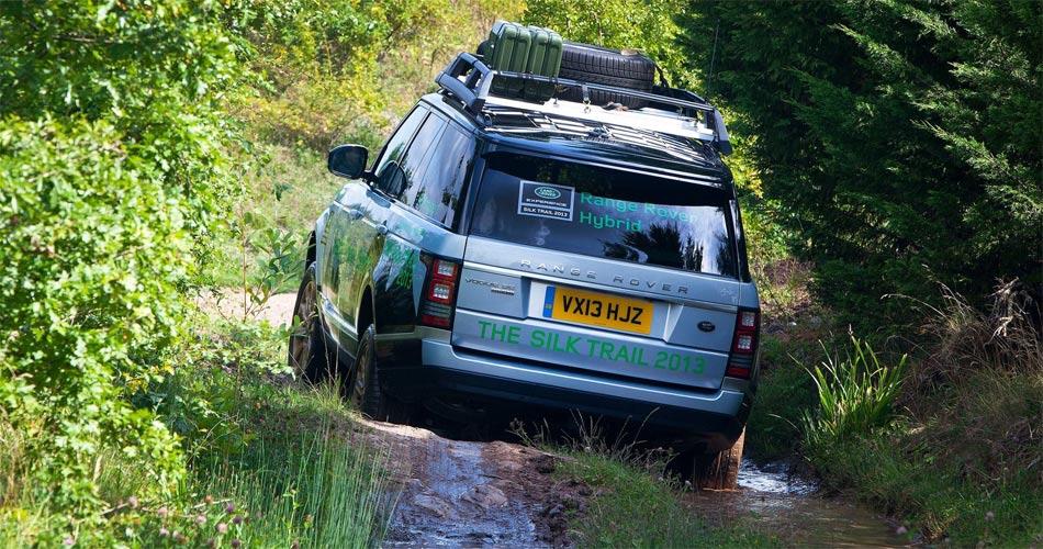 Der V6-Hybrid-Antrieb des neuen Range Rover Hybrid verspricht Power wie beim V8.