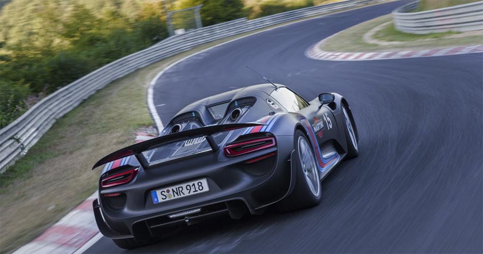Der Porsche 918 Spyder unterbot den bisherigen Nordschleifen-Rekord deutlich.
