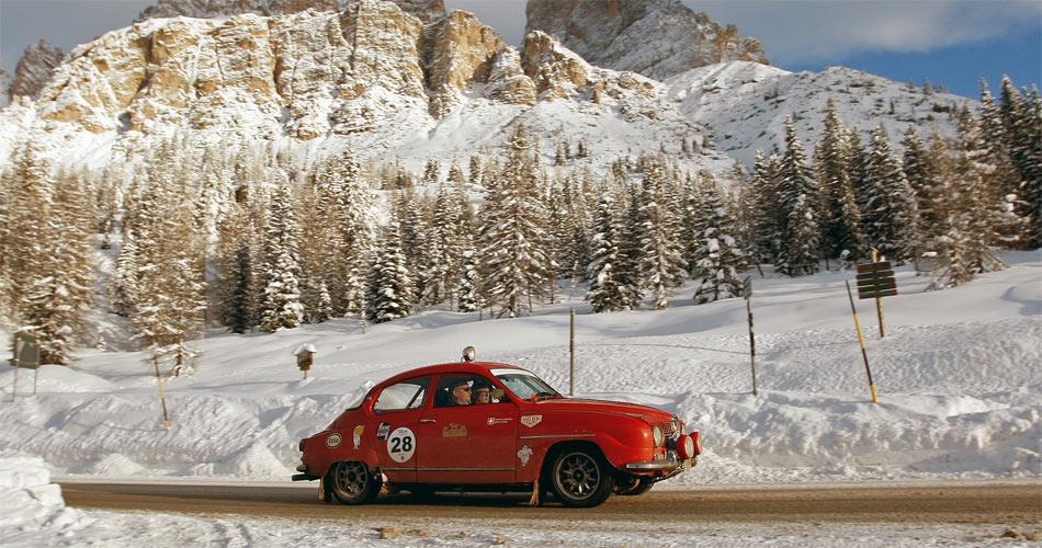 WinterRAID, das ultimative Oldtimer-Abenteuer durch die winterliche Bergwelt.