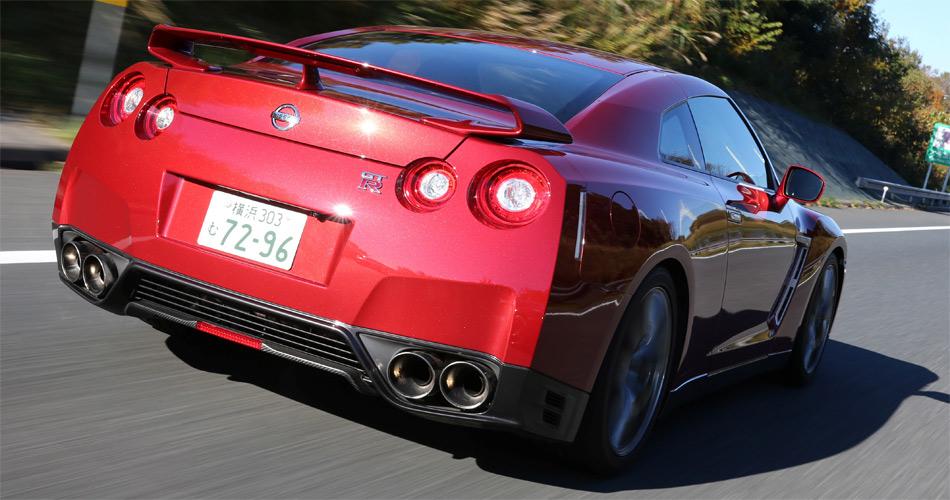 Auch im Jahrgang 2014 besitzt der aufgewertete Nissan GT-R ein hervorragendes Preis-/Leistungsverhältnis.