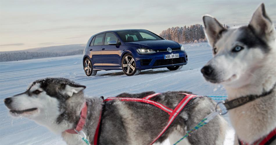 Mit 300 PS, Allradantrieb, vielen sportlichen Attributen, aber auch untadeliger Alltagstauglichkeit ist der VW Golf R eine echte Alternative zum Hundeschlitten.