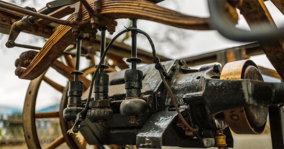 Die Leistung des sehr kompakten und nur 130 kg schweren Elektroantriebs betrug 3 PS.